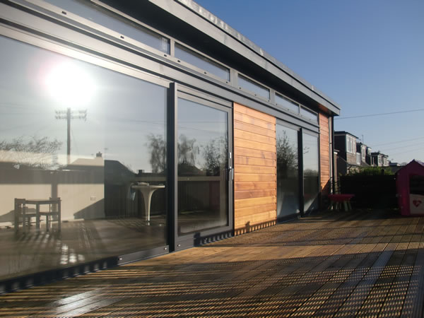 Moden house extension 2012
